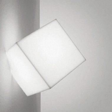 Настенный светильник Edge Artemide купить в Минске
